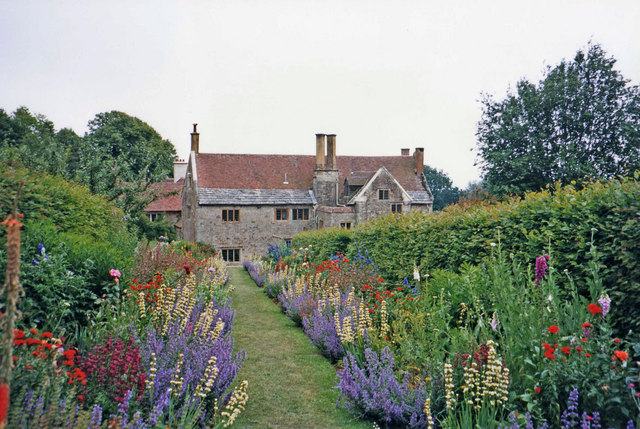 Mottistone Manor Gardens